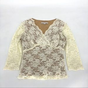 Cabi Ivory White Lace Crossover Top 3/4 Sleeve M